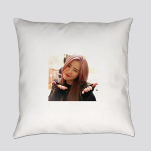 Minju Everyday Pillow