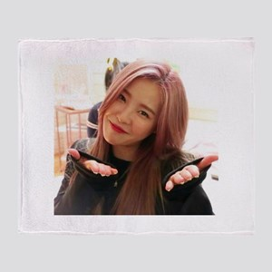 Minju Throw Blanket