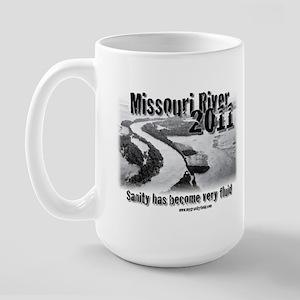 Missouri River 2011 t-shirts Large Mug
