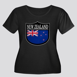 New Zealand Patch Women's Plus Size Scoop Neck Dar