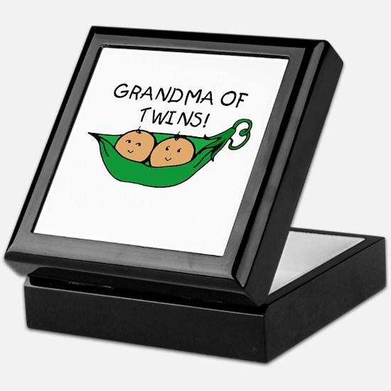 Grandma of Twins Pod Keepsake Box