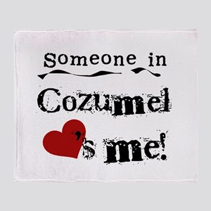 Someone in Cozumel Throw Blanket