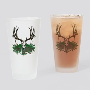 Bow hunter deer skull Pint Glass