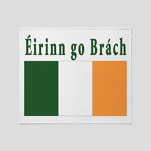 Ireland forever Throw Blanket