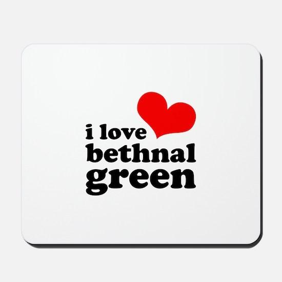 i love bethnal green (red/bla Mousepad