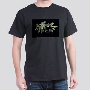 Leafy Seadragon with Weedy Se Dark T-Shirt