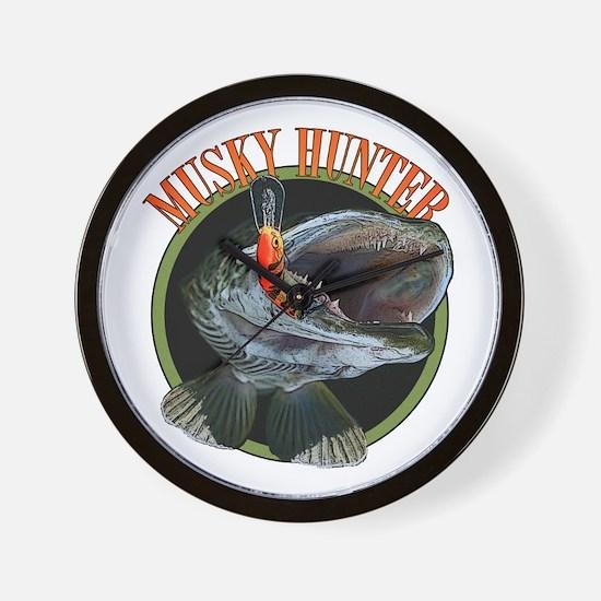 Musky hunter 8 Wall Clock
