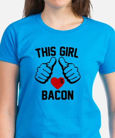This Girl Loves Bacon Women's Dark T-Shirt