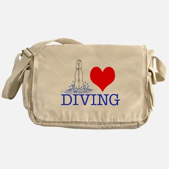 Love (heart) Diving Messenger Bag