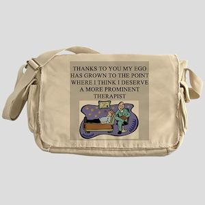 funny psychology psychiatrist Messenger Bag