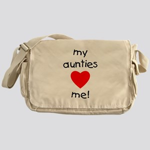 My aunties love me Messenger Bag