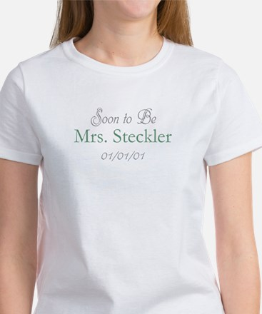 Custom Soon to Be Mrs. (Green) Women's T-Shirt