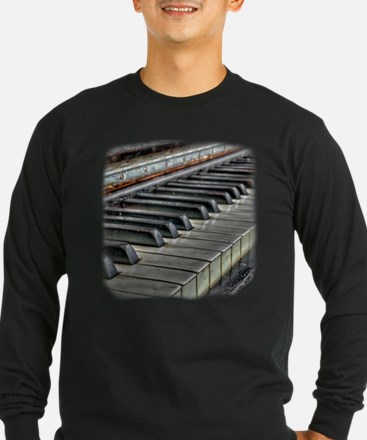 Distressed Vintage Piano T