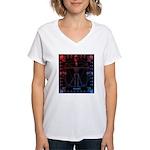 Leonardo da skull 2 Women's V-Neck T-Shirt