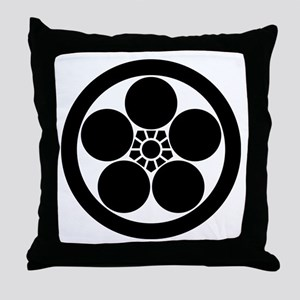 Umebachi-style plum blossom in circle Throw Pillow