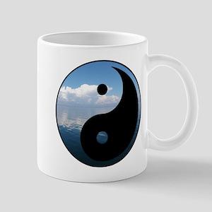 yin yang-1 Mugs
