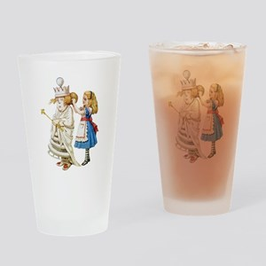 ALICE & THE WHITE QUEEN Drinking Glass