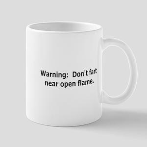 warning don't fart Mug