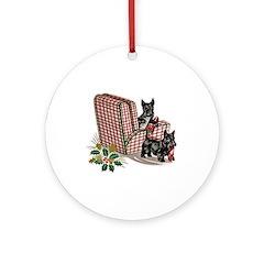 Scottie Dog Christmas Ornament (Round)