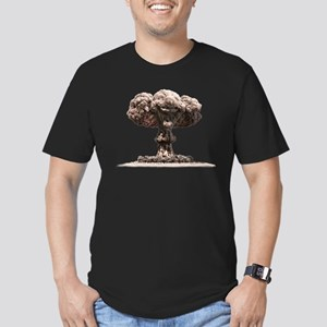 Nuclear Explosion Men's Fitted T-Shirt (dark)