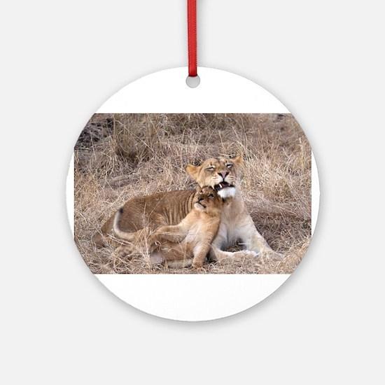 Charleston Cub and Mon Ornament (Round)