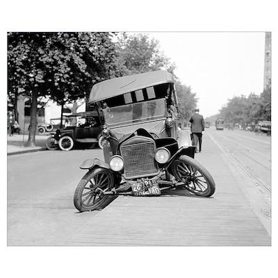 Crashed Ford Model T, 1922 Poster