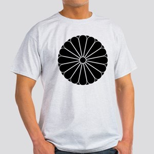 yae juuroku giku Light T-Shirt