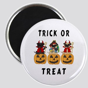 Halloween Trick or Treat Pugs Magnet