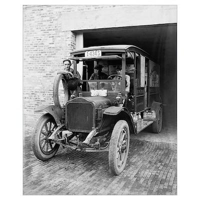 Walker Hill Dairy Truck, 1921 Poster