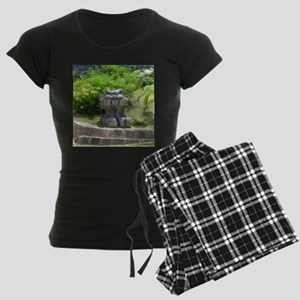 Churaumi Shisa Women's Dark Pajamas