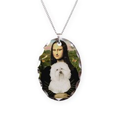 Mona and her Bolognese Necklace