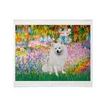 Garden / Eskimo Spitz #1 Throw Blanket