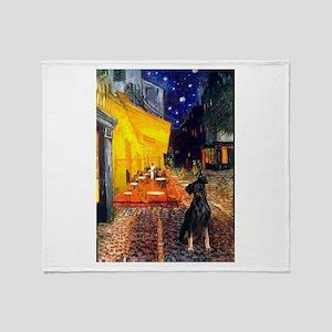 Cafe /Min Pinsche Throw Blanket