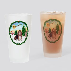 Take Off1/Basset Hound Drinking Glass