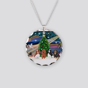 XmasMagic/4 Cavaliers Necklace Circle Charm