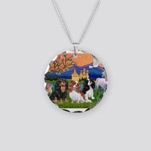 FANTASY / 3 Cavaliers Necklace Circle Charm