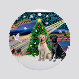 Xmas Magic/2 Labradors (Y+B) Ornament (Round)