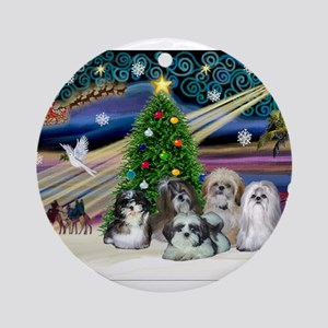 Xmas Magic/5 Shih Tzus Ornament (Round)