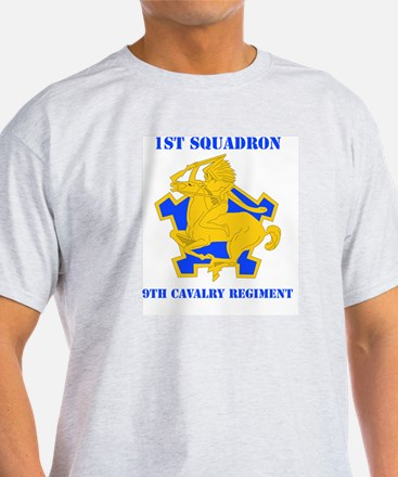 DUI - 1st Sqdrn - 9th Cavalry Regt with Text T-Shirt