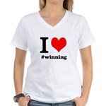 I (heart) winning Women's V-Neck T-Shirt