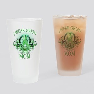 I Wear Green for my Mom (flor Drinking Glass