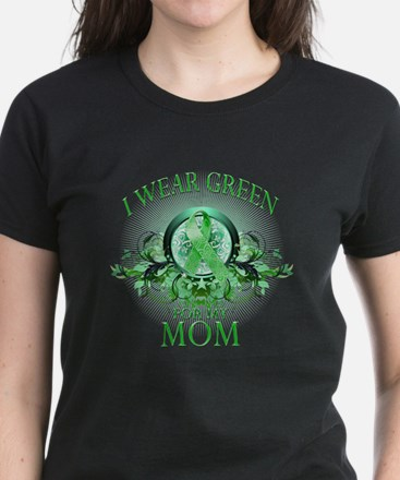 I Wear Green for my Mom (flor Women's Dark T-Shirt
