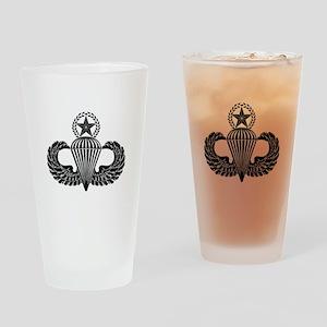 Master parachutist -- B-W Drinking Glass