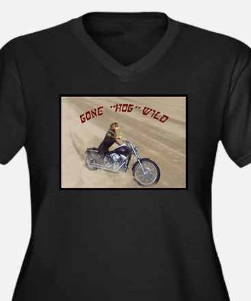 Rottweiler on Motorcycle wome Women's Plus Size V-