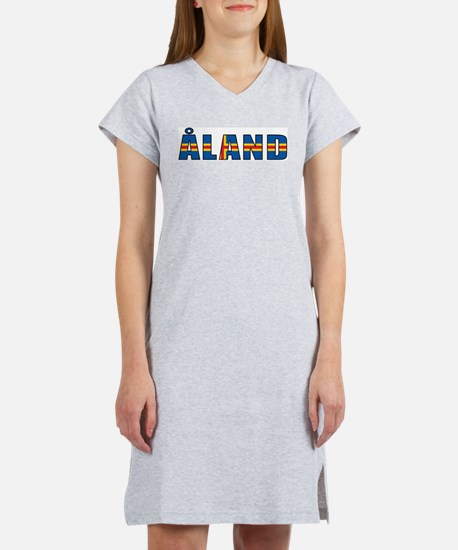 Aland Islands Women's Pink Nightshirt