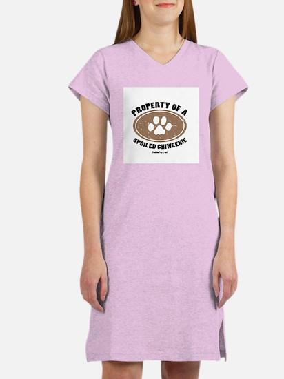 Chiweenie dog Women's Nightshirt