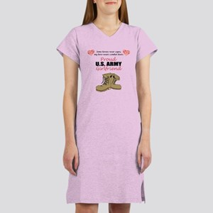 Proud US Army Girlfriend Women's Nightshirt