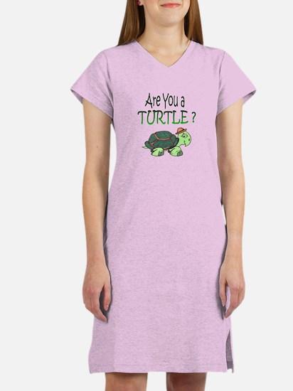turtle w/back design Women's Nightshirt