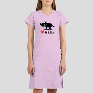 Love a Lab (Black) - Women's Nightshirt