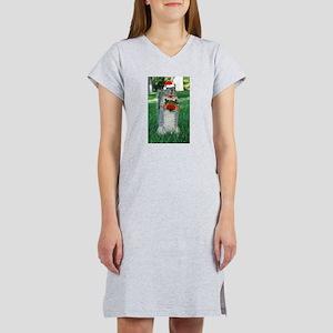 Christmas Squirrel Women's Nightshirt